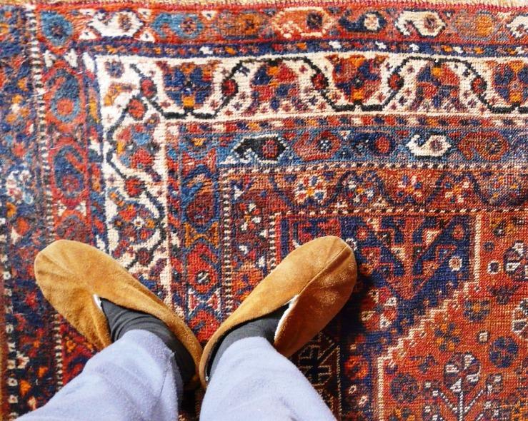 Auf dem Teppich bleiben!