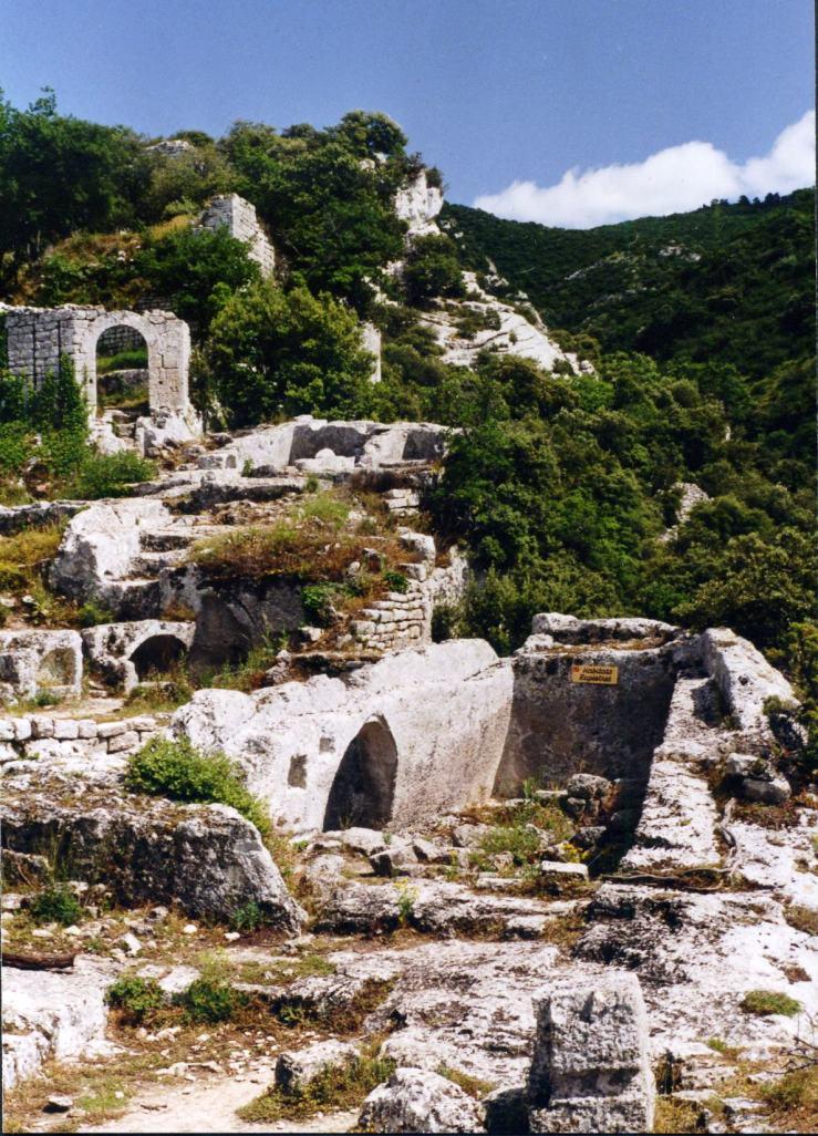 Fort Buoux III
