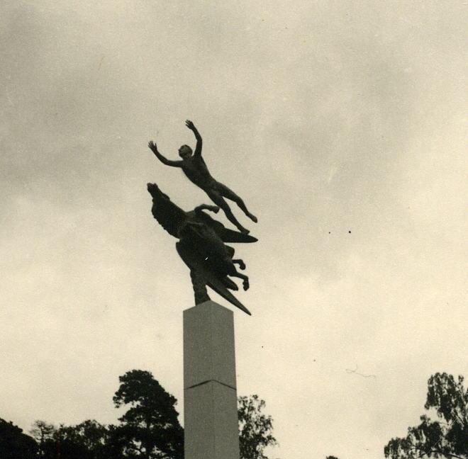 03.Schwed. Skulptur in St0005